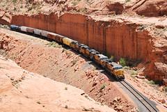 Potash train in Bootlegger Canyon... 20120506_8883 (listorama) Tags: utah moab bootleggercanyon desert landscape unionpacific railroad train potash canecreekbranch ut2012apr roadupload rstaot 1000 replacedlater