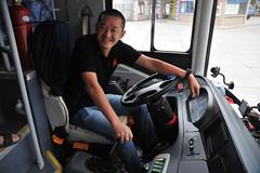 Chinesischer Reisebuschauffeur