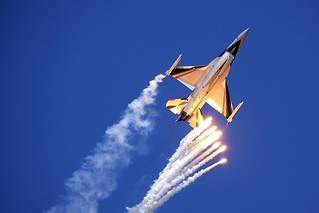 F16 - Duxford Jubilee Airshow 2012