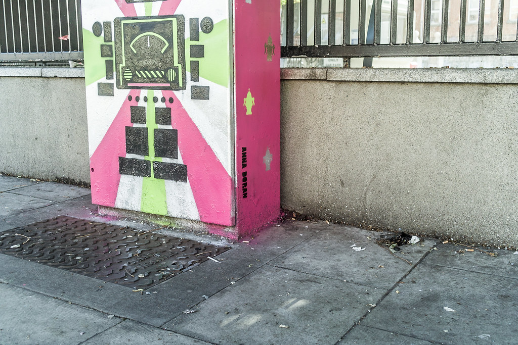 """Bolt On"" The Robot - Street Art On Bolton Street (Anna Doran)"