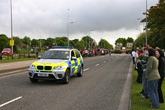 Shiny X5 Met police car end of the convoy (Seany_is) Tags: bus drive scotland cola north police samsung bank torch anderson aberdeen otr bmw olympics met bos coca bearer relay of