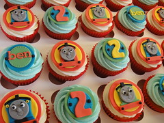 DSC03322 (bake-me-a-cupcake) Tags: birthday blue red green yellow kids train children james tank ben thomas engine edward henry cupcake thomasthetankengine ttte