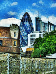 The London Gherkin (Steve Taylor (Photography)) Tags: city uk england building london tower castle film 30 architecture skyscraper britain royal harrypotter award financialdistrict londres gb movies novel spaceship gherkin swissre harrypotterandthehalfbloodprince vangogh toweroflondon woodyallen thegherkin cityoflondon starrynight officeblock stmaryaxe sharonstone basicinstinct2 matchpoint ec3 spiritoflondon ec3a johnnymackintosh 8ep keithmansfield rechristened johnnymackintoshandthespiritoflondon