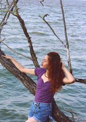 Mar de voces. (Marianaok_) Tags: nature lady canon retrato venezuela portait grunge redhead