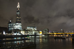 The Shard by night (FloBue) Tags: city uk bridge england london thames architecture night river cityscape nacht fiume ponte stadt highrise architektur fluss grattacielo shard londra architettura citt hochhaus themse notturno inghilterra tamigi bruecke 2016 stadtansicht