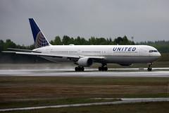 United N67052, OSL ENGM Gardermoen (Inger Bjrndal Foss) Tags: norway united boeing 767 osl gardermoen engm n67052
