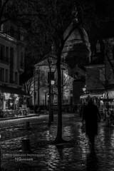 Paris n65 Midnight in Montmartre (Nico Geerlings) Tags: nightphotography blackandwhite bw paris france reflection rain silhouette 50mm butte montmartre sacrecoeur midnight monochrom raining nuit summilux parijs placedutertre nicogeerlings leicammonochrom ngimages nicogeerlingsphotography