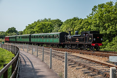 05.06.2016 | W24, Havenstreet IOWSR (Jamie A. Hunter) Tags: canonef24105mmf4lisusm canoneos5ds canonphotography canoninc isleofwight iow ryde havenstreet freshwaterbay freshwater thornessbay alumbay isleofwightsteamrailway w24calbourne class483 solent astrophotography mars saturn milkyway galacticcentre