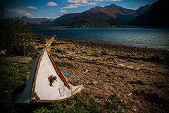 Postcard from Onich.. (Rotundus III) Tags: onich ballachulish fortwilliam lochleven loch leven linnie sunlight beach boat wreck shipwreck bluesky sky sunshine