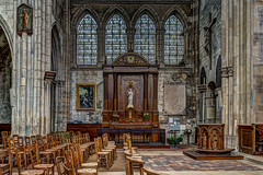 glise Notre-Dame de la Nativit  Moret-sur-Loing - HDR (gilles_t75) Tags: d5300 france gillest hdr nikkor1855mmf3556 nikon bracketing exposurefusion highdynamicrange photohdr photomatix tonemapping moretsurloing seineetmarne77 ledefrance glise notredamedelanativit christ viergemarie jesus vitrail