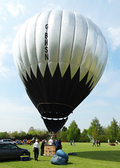 G-BHSN Cameron N-56 (SteveDHall) Tags: vintage balloons aircraft aviation balloon cameron hotairballoon hotairballoons airfield airballoons n56 bbml pidley lakesidelodge inflationday britishballoonmuseumandlibrary cameronn56 gbhsn lakesidelodgepidley vintagehotairballoons