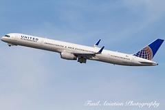 United Boeing 757-324 N57855 (Fasil Avgeek (Global Planespotter)) Tags: airplane airport aircraft air united jet boeing 300 airways airlines dca 757 airliner kdca 757324 n57855