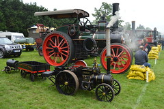 Sacks And Stacks (dhcomet) Tags: steam sack coal hertfordshire stalbans herts tractionengine oaklandscollege hertfordshiresteamenginepreservationsociety
