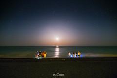 Noche de San Juan (PacoQT) Tags: sea people sun moon beach night noche mar agua waves gente playa luna sanjuan olas mediterrneo pacoqt pacoquiles