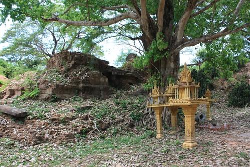 Ruinen des Ak Yum Tempels