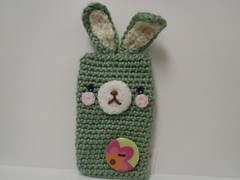 ipod iphone case (ruali) Tags: bunny verde easter ipod phone handmade crochet artesanato case yarn cover gift bolsa aline pascoa iphone croche oxente acessorio acessorie iphone4 ruali