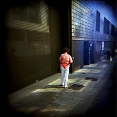 Lady with Red Top - Brighton, East Sussex (dan banda lee) Tags: mediumformat holga brighton kodak humour 400asa 400iso kodakporta400nc gowin kodakporta