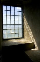 20110603_13934b (Fantasyfan.) Tags: old light shadow summer castle window museum topv333 turku fantasynin siirretty