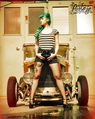 Victoria van Violence and the Gold Fink Hot Rod 3 (2012) (THE PIXELEYE // Dirk Behlau) Tags: sun hot rock tattoo vintage gold punk victoria violence rockabilly rod oldtimer van dirk behlau pixeleye