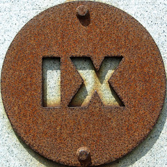 IX (chrisinplymouth) Tags: squircle circle round letters metal iron rust rusting corrosion corroded cw69x twoletter alphabet doublet ix cutout sign steel mountbatten plymouth devon unitedkingdom england uk plate disc rusty nauticaltelegraphcode sculpture art squaredcircle oxidation