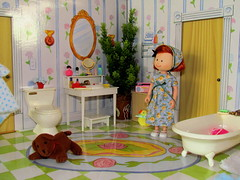 1/ 11 Helping Miss Clavel was a lot of hard work. Thought Madeline as she closed the door with a jerk. (Flava Sweet) Tags: dog bathroom bubbles toilet tub madeline diorama geneieve edentoys madelinespopuphouse