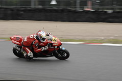 _CAR0364 (Dean Smethurst BDPS) Tags: pictures park classic june racetrack for all 4th f1 class motorbike f2 5th motorbikes sidecars classes oulton 400cc 1000cc 250cc 600cc 05062012 04062012