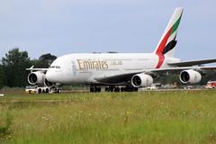 Emirates Airbus A380-861 (A6-EEY) @ Bordeaux-Mérignac (Philippe Durieux) Tags: bordeaux bod aéroport bordeauxairport lfbd aéroportdebordeaux