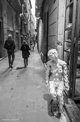 Alert mummy (Luis Alvarez Marra) Tags: barcelona street bw monochrome spain alley nikon candid catalonia tokina soul luis moment mummy alvarez collecting tog decisive marra d7000 streettog 1116mm228