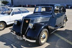 Renault Celtaquatre - 1937 (jfhweb) Tags: auto car classiccar automobile voiture renault nimes voituredesport voituredecollection voitureancienne courseautomobile celtaquatre historicalcar jeffweb rassemblementauto voituregrandtourisme automobileclassique feriadelair