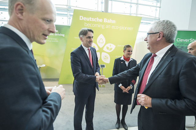 Johann Metzner greets Hans Christian Schmidt