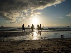 boracay 2015 (memoriafotografia) Tags: travel sunset beach island philippines boracay playtime whitesand familyday whitebeach playday