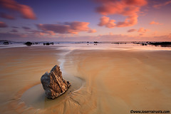 On the sand (Joserra Irusta) Tags: longexposure seascape beach clouds sunrise landscape wind playa paisaje viento amanecer nubes lowtide cantabria canon1740f4l noja largaexposicion mareabaja joserrairusta canoneos5dmkii playadetrengandin wwwjoserrairustacom wwwnorthphototourscom
