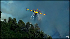 Canadair (jyleroy) Tags: mountain france montagne alpes europe provence wildfire canadair feudefort incendiedefort