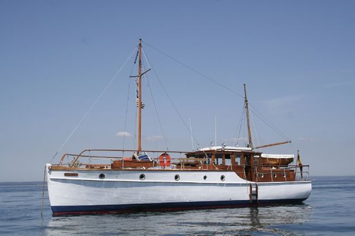 classic boat wooden yacht motoryacht
