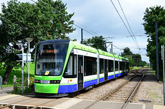 Tramlink 2556 on route 4 (John A King) Tags: tram arena tramlink route4 3556