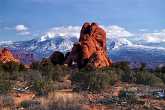 Arches National Park ... LaSal Mountains (Aspenbreeze) Tags: mountains rural landscape utah country archesnationalpark lasalmountains westernusa utahlandscape thegalaxy redrockformations rememberthatmomentlevel1 rememberthatmomentlevel2 rememberthatmomentlevel3 bestevercompetitiongroup aspenbree topphotospots gpsetest bevzuerlein