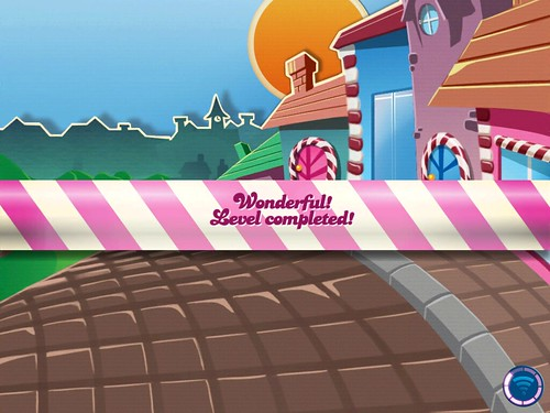 Candy Crush Saga Level Completed: screenshots, UI