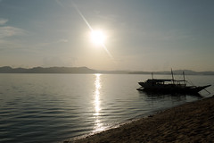 Sunrise in North Kay (__Alex___) Tags: voyage travel sea sun nature water sunrise canon soleil boat view philippines north wide kay 5d bateau reflets 1635mm northkay 1635f4is