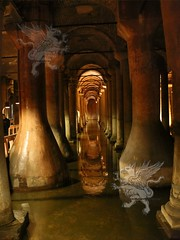 Cisterna_Basilica_(Instanbul)_001