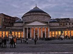 DSCN9670 (francesca.nk) Tags: napoli piazza colonna colonnato