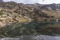 Estany Esbalat, Principat d'Andorra (kike.matas) Tags: canoneos6d kikematas canonef1635f28liiusm estanyesbalat ordino andorra andorre principatdandorra nature lago agua reflejos cascada nubes montaa canon lightroom4
