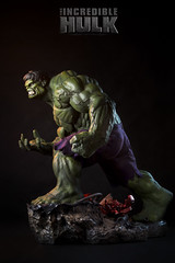 The Incredible Hulk by Sideshow 1/4 scale Premium Format. (Andy @ Pang Ket Vui ( shootx2 )) Tags: green by movie smash format hulk 14th incredible premium sideshow the