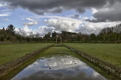 contrasti riflessi (Paolo Dell'Angelo (journey to Italy)) Tags: roma italia day cloudy antica lazio appia