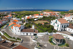 Sunny day at Ribeirinha (G. vila) Tags: houses homes portugal parish village sunny azores saomiguel aores viewfromabove azorerna acores somiguel azoren ribeiragrande ribeirinha azory soamiguel