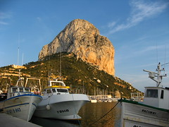 Penyal d'Ifac and Marina, Calpe Spain (8DCPhotography (www.8dcphotography.co.uk)) Tags: blue sunset sky costa water rock boats coast fishing spain blanca calpe ixus800is andycarr penyaldifach