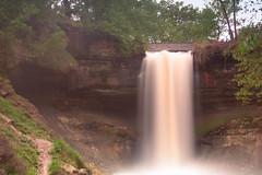 spring rain falls (jimmy_racoon) Tags: b is waterfall w falls 1785mm cpl minnehaha xsi minnehahafalls cokin 1785mmis bwcpl canonxsi