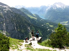 Eagles Nest Lookout 7917 (Mr.J.Martin) Tags: mountain alps germany bayern bavaria berchtesgaden nazi hitler headquarters snowcapped climbing alpine chalet eaglesnest kehlsteinhaus obersalzberg mountainpeak kehlstein adolphhitler hohergll evabraun