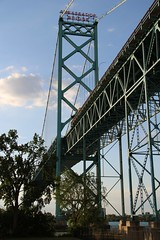 Ambassador Bridge (cmh2315fl) Tags: ontario canada michigan detroit windsor suspensionbridge detroitriver waynecounty ambassadorbridge internationalbridge historicbridge ponytruss warrenponytruss mcclinticmarshallcompany detroitinternationalbridgecompany