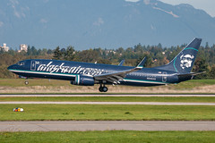 N548AS - Alaska Airlines - Boeing 737-890 (bcavpics) Tags: canada alaska vancouver plane airplane britishcolumbia aircraft aviation boeing airlines yvr airliner 737 n548as
