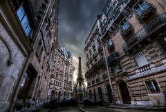 The Darkside (A-lain W-allior A-rtworks) Tags: paris france nikon alain hdr artworks d300s wallior